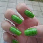 Unha verde decorada